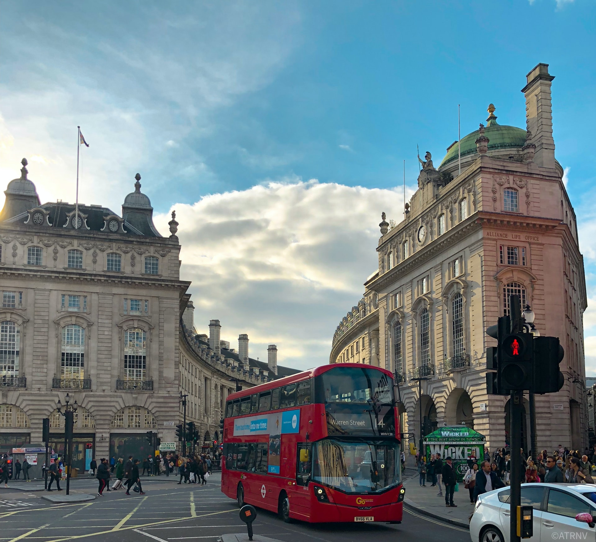 London-economy-booming-fastest-7-years